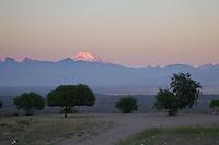 VALLE DE UCO Y VOLCAN TUPUNGATO (6.550 a.s.n.m.), TUPUNGATO, PROVINCIA DE MENDOZA, ARGENTINA