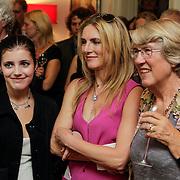 NLD/Amsterdam/20120620 - Boekpresentatie VSV van Leon de Winter, Jessica Durlacher en dochter Moon