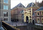Nederland, Den Haag, 8-2-2015 Toegang tot het Binnenhof, centrum van de nederlandse politiek. Foto: Flip Franssen/Hollandse Hoogte