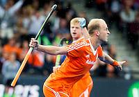 LONDEN -  tijdens  de  finale  tussen de heren van Nederland en Duitsland  bij  het Europees Kampioenschap hockey in Londen.  Billy Bakker heeft de stand op 1-0 gebracht.  ANP KOEN SUYK