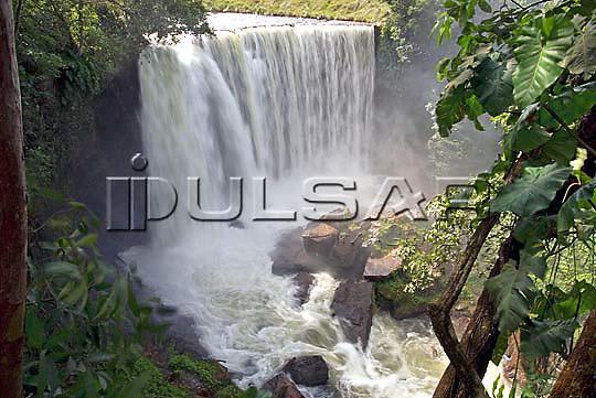 Cachoeira da Fumaça no Rio Balsas na cidade de Ponte Alta do Tocantins - Jalapão Local: Ponte Alta do Tocantins - TO Data: 02/2008 Tombo:  19DM051 Autor: Delfim Martins