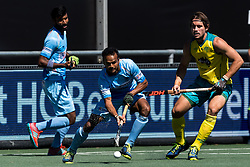 (L-R) Lalit Upadhyay of India, Jeremy Hayward of Australia during the Champions Trophy finale between the Australia and India on the fields of BH&BC Breda on Juli 1, 2018 in Breda, the Netherlands.
