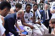 DESCRIZIONE : Trento Lega A 2015-16 Dolomiti Energia Trentino - Consultinvest Pesaro<br /> GIOCATORE : Jamarr Sanders<br /> CATEGORIA : Time Out<br /> SQUADRA : Dolomiti Energia Trentino - Consultinvest Pesaro<br /> EVENTO : Campionato Lega A 2015-2016 <br /> GARA : Dolomiti Energia Trentino - Consultinvest Pesaro<br /> DATA : 08/11/2015 <br /> SPORT : Pallacanestro <br /> AUTORE : Agenzia Ciamillo-Castoria/Giulio Ciamillo<br /> Galleria : Lega Basket A 2015-2016 <br /> Fotonotizia : Trento Lega A 2015-16 Dolomiti Energia Trentino - Consultinvest Pesaro