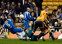 Photo: Ed Godden/Sportsbeat Images.<br />Wolverhampton Wanderers v Oldham Athletic. The FA Cup. 06/01/2007. Oldham's keeper Les Pogliacomi loses the ball.