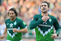 16.10.2010, Weser Stadion, Bremen, GER, 1.FBL, Werder Bremen vs SC Freiburg im Bild  2:Ö1 Hugo Almeida ( Werder #23 )4 jubel Claudio Pizarro ( Werder #24 )   EXPA Pictures © 2010, PhotoCredit: EXPA/ nph/  Kokenge+++++ ATTENTION - OUT OF GER +++++