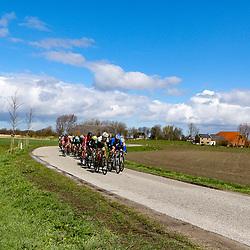 07-04-2016: Wielrennen: Energiewachttour vrouwen: Winsum<br /> WINSUM (NED) wielrennenDe tweede etappe in de Energiewacht rond Winsum werd door de wind een zware etappe