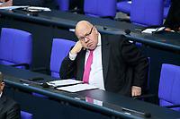08 DEC 2020, BERLIN/GERMANY:<br /> Peter Altmaier, MdB, CDU, Bundeswirtschaftsminister, Haushaltsdebatte, Plenum, Reichstagsgebaeude, Deuscher Bundestag<br /> IMAGE: 20201208-02-009