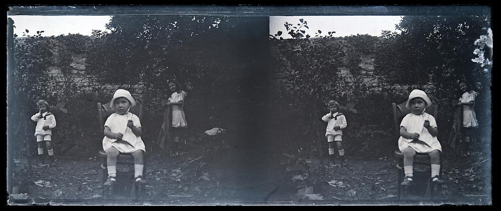 little children posing in garden 1920s France stereo image