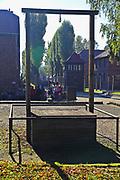 Szubienica obok krematorium nr I, na ktorej  w 1947 zostal powieszony komendant obozu Auschitz I Rudolf Hoess, Auschwitz<br /> Gallows close by crematory No. I, on which  in 1947 hung up commander of camp Auschitz And Rudolph Hoess, Auschwitz, Poland
