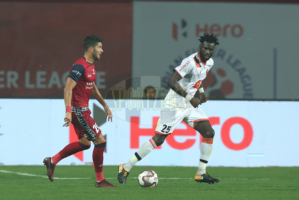 Sergio Cidoncha of Jamshedpur FC and Mourtada Fall of FC Goa in action during match 25 of the Hero Indian Super League 2018 ( ISL ) between Jamshedpur FC and FC Goa held at JRD Tata Sports Complex, Jamshedpur, India on the 1st November  2018<br /> <br /> Photo by: Deepak Malik /SPORTZPICS for ISL