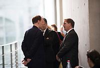 DEU, Deutschland, Germany, Berlin, 26.09.2017: Gottfried Curio (MdB, AfD) und Martin Hebner (MdB, AfD) vor der ersten Fraktionssitzung der AfD-Bundestagsfraktion im Deutschen Bundestag.