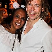 NLD/Amsterdam/20100522 - Concert Toppers 2010, Patty Brard en partner Antoine van der Vijver