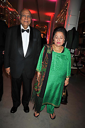 LORD & LADY PAUL at a dinner to celebrate the opening of 'Maharaja - The Spendour of India's Royal Courts' an exhbition at the V&A, London on 6th October 2009.