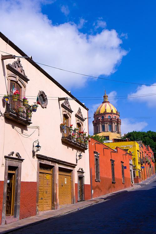 Street scene on Zacateros Street with Las Monjas Church in background, San Miguel de Allende, Mexico