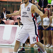 Efes Pilsen's Ermal KURTOGLU during their Turkish Basketball league Play Off semi final first match Efes Pilsen between Besiktas at the Ayhan Sahenk Arena in Istanbul Turkey on Sunday 09 May 2010. Photo by Aykut AKICI/TURKPIX