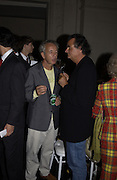 Giles Bensimon and Patrick Demachelier. Valentino haute couture. Palias du Louvre, Paris. 8 July 2001. © Copyright Photograph by Dafydd Jones 66 Stockwell Park Rd. London SW9 0DA Tel 020 7733 0108 www.dafjones.com