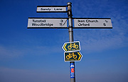 A87DHE Signs for Suffolk Coastal Cycle route on rural signpost