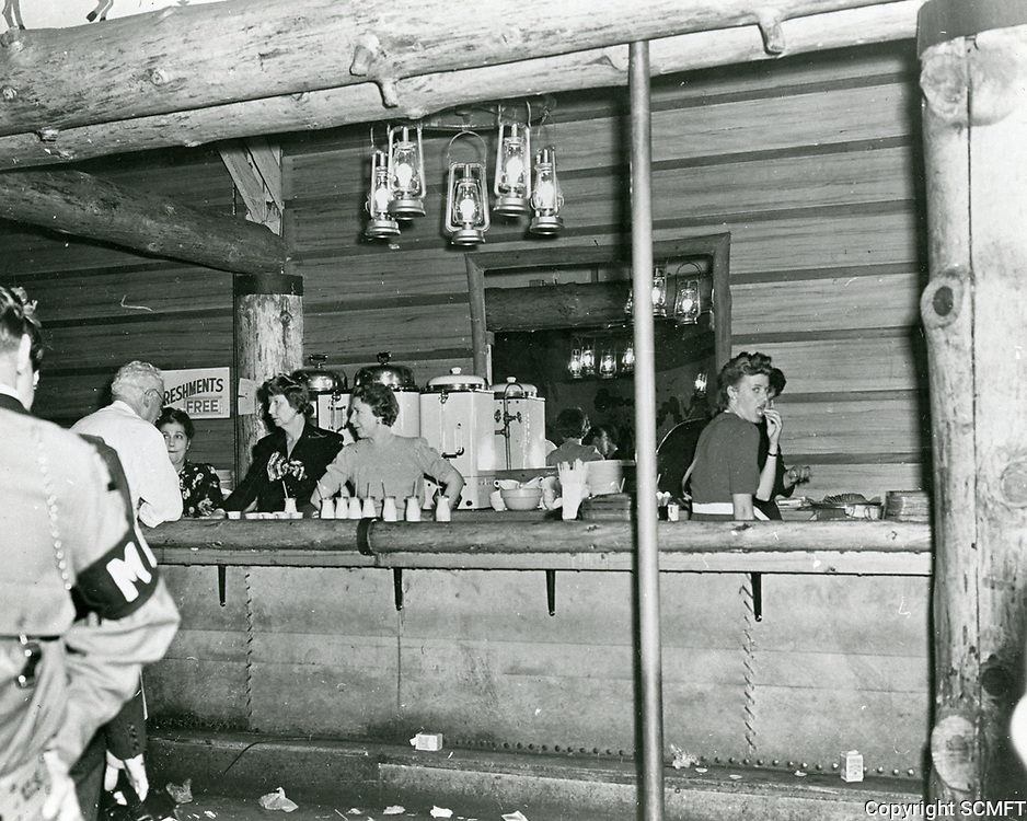1943 The snack-bar at the Hollywood Canteen