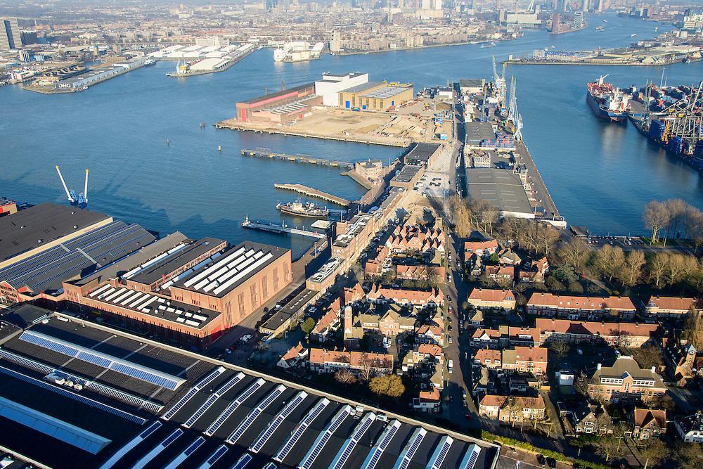 Nederland, Zuid-Holland, Rotterdam, 18-02-2015. Heijplaat (deelgemeente Charlois).  RDM campus met tuindorp Heijplaat, vernoemd naar Rotterdamse Droogdok Maatschappij. Op de campus onder andere de onderzeebootloods. Waalhaven in de achtergrond. <br /> Heijplaat district in the south of Rotterdam. RDM campus, named after Rotterdam Dry Docks Company, accommodates technical and sustainable education.  Historical buildings, including the submarine hangar.<br /> luchtfoto (toeslag op standard tarieven);<br /> aerial photo (additional fee required);<br /> copyright foto/photo Siebe Swart