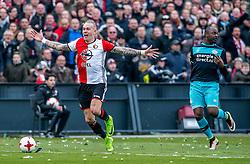 25-02-2017 NED: Feyenoord - PSV, Rotterdam<br /> 24e speelronde van seizoen 2016-2017, De Kuip / Rick Karsdorp #2 of Feyenoord, Jetro Willems of PSV