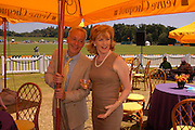 Nickolas Grace and Patricia Hodge. Veuve Clicquot Gold Cup Final at Cowdray Park. Midhurst. 17 July 2005. ONE TIME USE ONLY - DO NOT ARCHIVE  © Copyright Photograph by Dafydd Jones 66 Stockwell Park Rd. London SW9 0DA Tel 020 7733 0108 www.dafjones.com