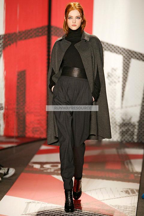 Vlada Roslyakova wearing the DKNY Fall 2009 Collection