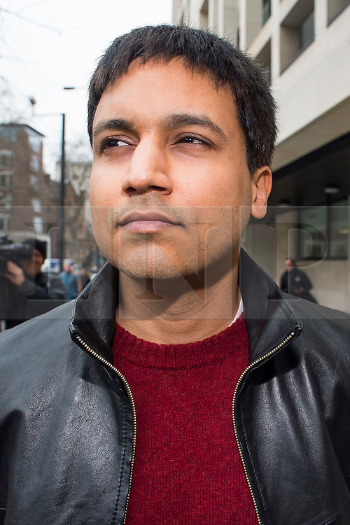 """© Licensed to London News Pictures. 23/03/2016. London, UK.""""Flash crash"""" Trader NAVINDER SINGH SARAO leaves Westminster Magistrates court in London where a Judge has ruled that he should be extradited to the USA. Sarao, nicknamed the Hound of Hounslow, is accused of contributing to the 2010 flash crash. He has been charged with 22 counts of fraud and market manipulation by the US authorities who want to extradite him. Photo credit: Ben Cawthra/LNP"""