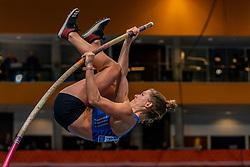 Femke Pluim in action on pole vault during the Dutch Indoor Athletics Championship on February 23, 2020 in Omnisport De Voorwaarts, Apeldoorn