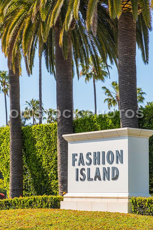Fashion Island Monument