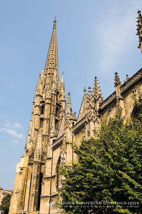 France, Bordeaux. Basilique Saint-Michel de Bordeaux (The Basilica of St. Michael).