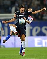 Fotball<br /> Tyskland<br /> Foto: Witters/Digitalsport<br /> NORWAY ONLY<br /> <br /> 26.09.2009<br /> <br /> v.l. Mario Gomez, David Rozehnal HSV<br /> <br /> Bundesliga Hamburger SV - FC Bayern München