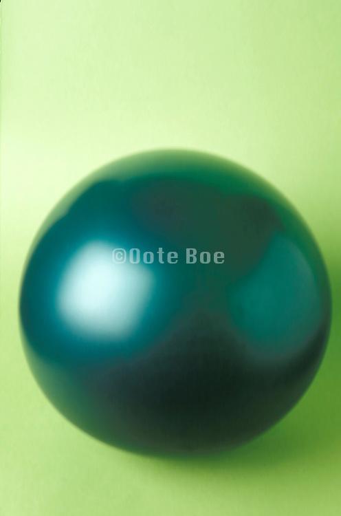 a green ball