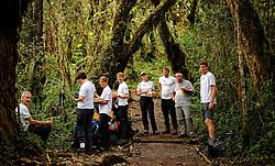 17-10-2008 REPORTAGE: KILIMANJARO CHALLENGE 2008: TANZANIA <br /> Van Machame Gate naar Machame Camp (3032m). De Kilimanjaro Challenge van de BvdGf.<br /> ©2008-FotoHoogendoorn.nl
