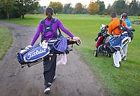 CAPELLE aan de IJSSEL - Jeugdleden, Committed to Jeugd op de Capelse Golfclub. FOTO KOEN SUYK
