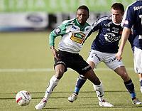 Fotball , 17. april 2010, Tippeligaen , Eliteserien<br /> Hønefoss - Viking 0-1<br /> <br /> Umaru Bangura , Hønefoss<br /> Trond Erik Bertelsen , Viking