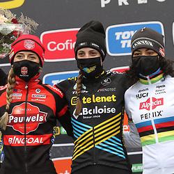 13-12-2020: Wielrennen: Veldrijden Telenet Superprestige: Gavere<br /> Lucinda Brand heeft in Gavere haar vierde Superprestigecross van deze winter gewonnen. Na haar tweede plek in Antwerpen op zaterdag, stak de renster van Telenet Baloise er vandaag weer bovenuit.