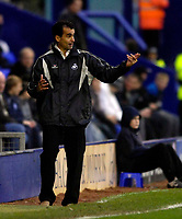 Photo: Jed Wee/Sportsbeat Images.<br /> Tranmere Rovers v Swansea City. Coca Cola League 1. 24/11/2007.<br /> <br /> Swansea manager Roberto Martinez.