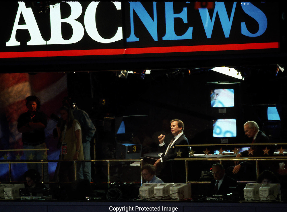 A 19.8 MG FILE FROM FILM OF:.  Peter Jennings in the ABC booth at the  Democratic Convention in Los Angeles,  2000. Photo by Dennis Brack