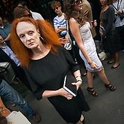 Grace Coddington, il direttore creativo della rivista Vogue America, alla sfilata di Dolce e Gabbana.<br /> <br /> Grace Coddington, the creative director of American Vogue magazine, at the Dolce e Gabbana fashion show.