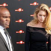 NLD/Amsterdam/20150626 - Dance4life's Funky Fundraiser 2015, Doutzen Kroes en haar bodyguard Robbie Nelson