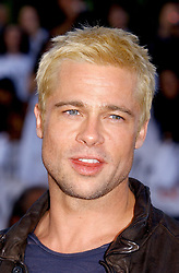 U.S. actor Brad Pitt poses as he arrives at the world premiere of 'Mr & Mrs Smith' at the Mann Village Theatre in Los Angeles, CA, USA, on June 7, 2005. Photo by Lionel Hahn/ABACA.  Mr and Mrs Smith Pitt Brad Cheveux colores Dyed Hair Coiffure Hairstyle Look homme Premiere Avant premiere Avant-premiere Premiere Seule Seul Seuls Seules Alone Soiree Party Los Angeles USA United States of America Vereinigte Staaten von Amerika Etats-Unis Etats Unis Headshot Portraits Portrait Headshots Head Shot Head Shots  | 79292_09 Los Angeles n