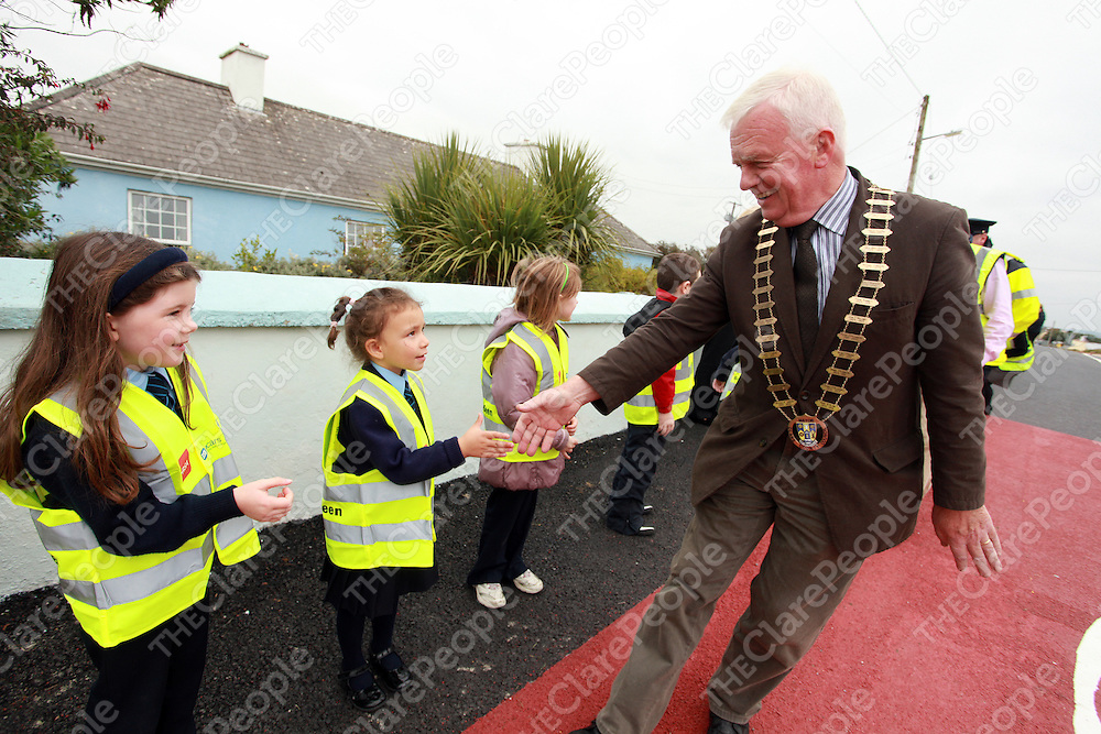 at the launch of the new designated school zone area at Mullagh National School on Thursday afternoon.<br /> Photograph by Yvonne Vaughan