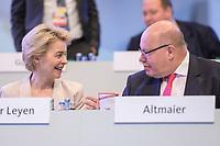 22 NOV 2019, LEIPZIG/GERMANY:<br /> Ursula von der Leyen (L), CDU, gewaehlte Praesidentin der Europaeischen Kommission, und Peter Altmeier (R), CDU, Bundeswirtschaftsminister, im Gespraech, CDU Bundesparteitag, CCL Leipzig<br /> IMAGE: 20191122-01-012<br /> KEYWORDS: Parteitag, party congress, Gespräch