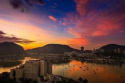 """A Lagoa Rodrigo de Freitas representa uma das principais atrações turísticas da cidade do Rio de Janeiro. É conhecida como """"O Coração do Rio de Janeiro"""", devido a seu formato semelhante a um coração. É um bairro de classes média-alta e possui um dos maiores índices de desenvolvimento humano do país. FOTO: Dani Barcelos/ Agência Preview"""