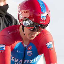 11-03-2021: Wielrennen: Healthy Ageing Tour: Lauwersoog. <br />Julie Leth