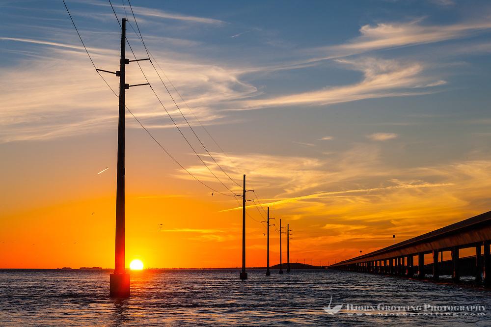 US, Florida Keys. Sunset at Seven Mile Bridge. Knight's Key, Marathon.