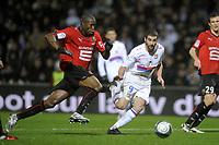 FOOTBALL - FRENCH CHAMPIONSHIP 2009/2010  - L1 - OLYMPIQUE LYONNAIS v STADE RENNAIS  - 29/11/2009 - PHOTO JEAN MARIE HERVIO / DPPI - ROD FANNI (REN)