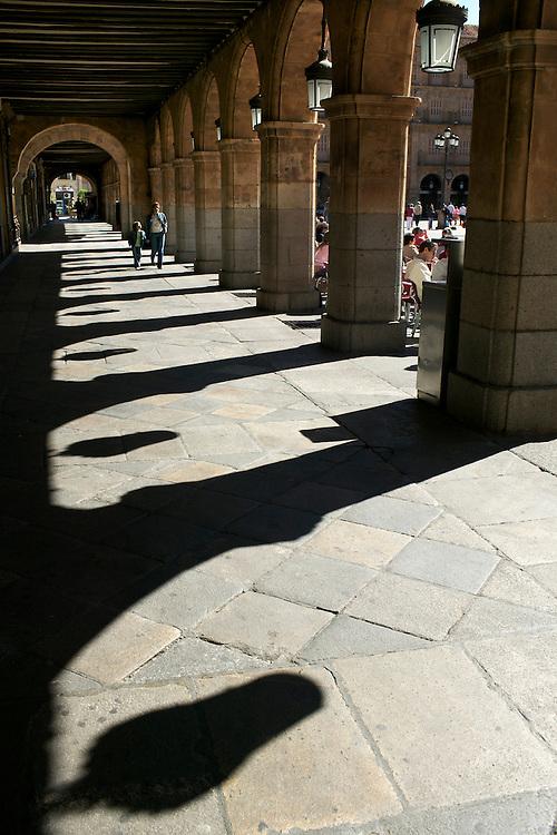 España. Castilla-La Mancha. Salamanca <br /> Soportales de la Plaza Mayor<br /> <br /> © JOAN COSTA