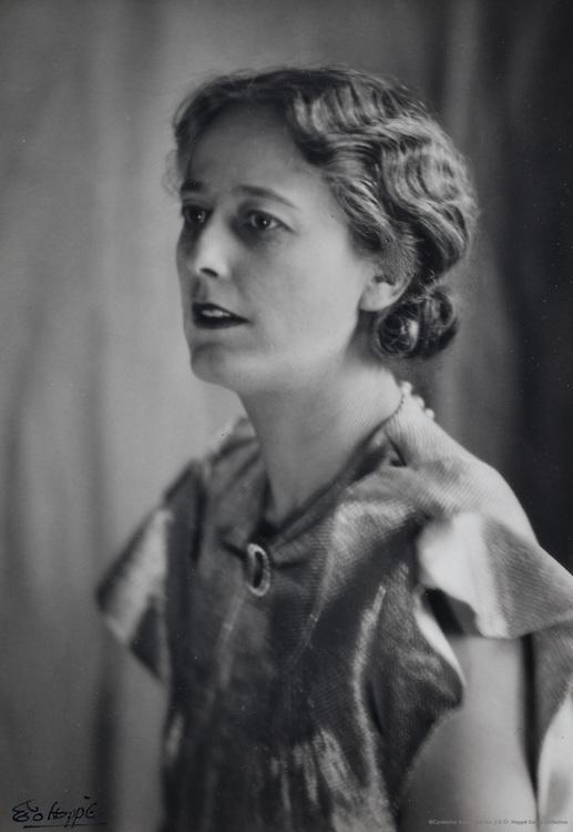 Mrs. Vaughan Cowell, radio therapist, England, UK, 1920