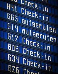 THEMENBILD - Airport Muenchen, Franz Josef Strauß (IATA: MUC, ICAO: EDDM), Der Flughafen Muenchen zählt zu den groessten Drehkreuzen Europas, rund 100 Fluggesellschaften verbinden ihn mit 230 Zielen in 70 Laendern, im Bild Flug Informationstafel // THEME IMAGE, FEATURE - Airport Munich, Franz Josef Strauss (IATA: MUC, ICAO: EDDM), The airport Munich is one of the largest hubs in Europe, approximately 100 airlines connect it to 230 destinations in 70 countries. picture shows: Flight information board, Munich, Germany on 2012/05/06. EXPA Pictures © 2012, PhotoCredit: EXPA/ Juergen Feichter